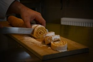 bisquitroulade / backen mit / Michael Mantl-Mussak
